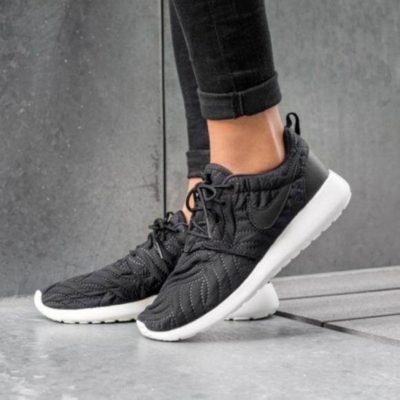 Nike Shoes | Wmns Nike Roshe One Prm